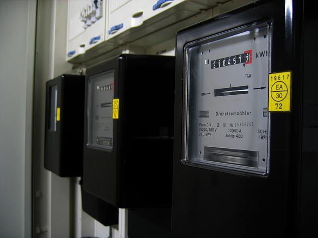 Proč provádět revizi elektro a jak poznat kvalifikovaného technika?