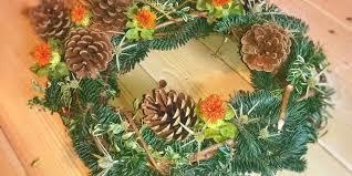 Vzpomeňte si na zesnulé a přineste jim na hřbitov doma vyrobenou dekoraci